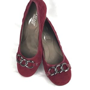 AEROSOLS burgundy heels HEEL REST quilted NEW